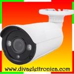 Vai alla scheda di: Telecamera Bullet 4in1 720p Varifocal 2.8-12mm 24 SMD Led IP66